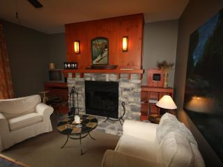 Newly Renovated 3 Bdrm, 2 Bath  Condo at Tremblant, Mont Tremblant