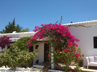 BEAUTIFUL IBIZA SUMMERTIME FINCA, San Lorenzo