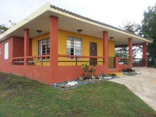 Entire Home $169 a Night!! Renovated 4 Bds,2Bths, Rincon