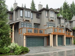 Ski-in/Ski-Out Access, Gas Fireplace, Double Car Garage, Private Hot Tub, Whistler