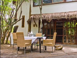 Comfortable cozy bungalow / house, Playa del Carmen