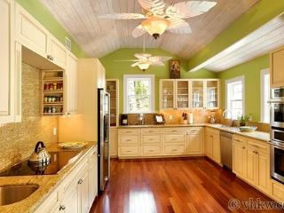 Luxurious Manor ~ Monthly Rental, Key West