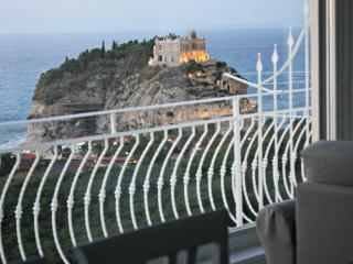 Luxury holiday home and stunning seaview in Tropea