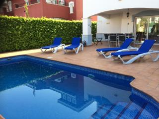 MarMenor I Golf Resort Beautiful Villa HEATED POOL, Blanca