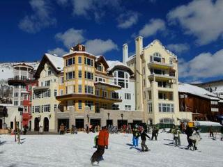 Arrabelle- 2 bedroom, Vail