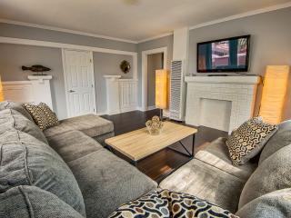 LAD3 - 2 bedroom beach house, Marina del Rey