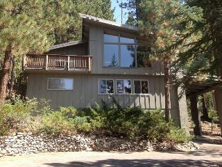 This is the Mountain Home to hang out in!, South Lake Tahoe