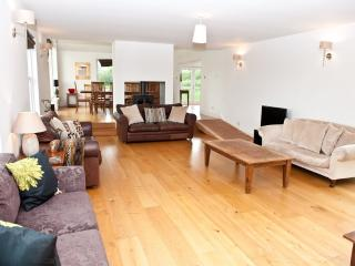 Superb 5 bedroom property with sweeping views, Earlston