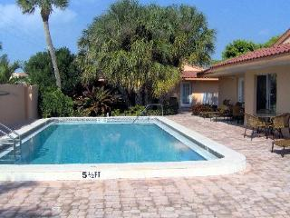 Villas on Anna Maria Island one bedroom one bath, Holmes Beach