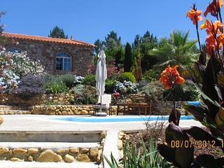 Os Arcos - Beautiful Stone Built Cottage, Arganil