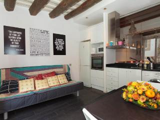 Beautiful Modern Studio For Rent In Barcelona