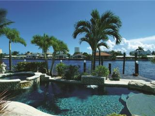 VILLA DEL MARE, WATERFRONT FAMILY-HOME,POOL & SPA, Pompano Beach