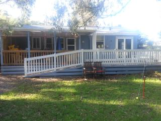 3 bedroom house located in Inverloch