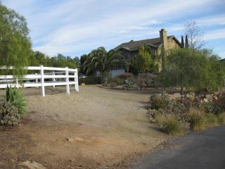 Home on 2 Acres in Elfin Forest, Lake San Marcos