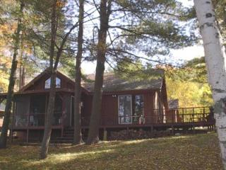Mike's Lake House on sparkling Pickerel Lake, Saint Germain