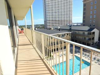 Gulf Village 417 - Fully equipped beachfront condo- 4 TVs, balcony, grilling, Gulf Shores