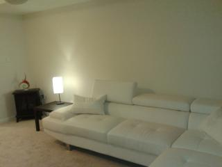 Furnished House Rent Brampton- Utilities Included, Mississauga
