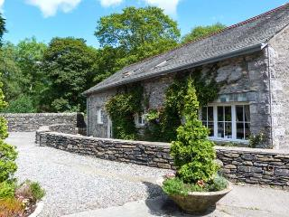 BULL PEN, shared grounds with fishing, swimming pool, gym, WiFi, pet-friendly cottage in Graythwaite, Ref. 914064, Hawkshead