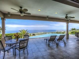 Luxury living at this breathtaking Iolani home! - New to Kona Coast Vacations-PHIolani, Kailua-Kona