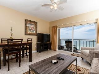 PI 609: TOP FLOOR BRAND NEW, onsite check-in, free BEACH SERVICE, Fort Walton Beach