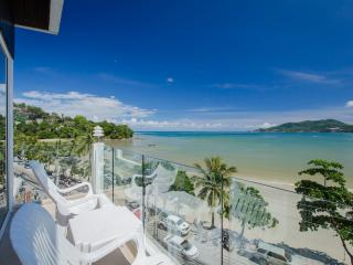 two-bedroom apartment with sea view (4 adults) 120m2, Patong