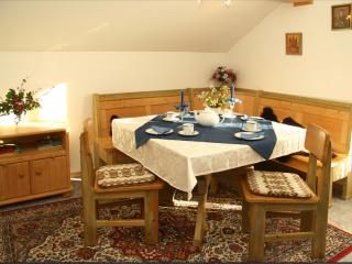 Vacation Apartment in Schwarzach - 969 sqft, natural, quiet, active (# 5388), Bernried