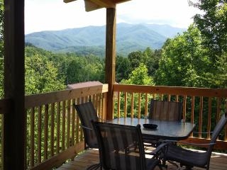 Leconte Lookout  Smoky Mountain Cabin, Gatlinburg