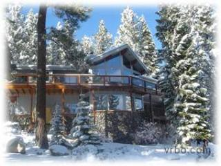 Tahoe Donner Luxury Home Walking Distance To Trout, Truckee