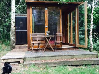 Attwood Coppice, Camping Pod/Retreat Hut/Hermitage, Wolverley