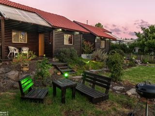 Liat's cabins, Golan Heights