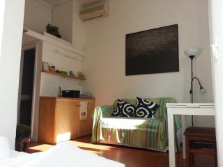 Florence Studio Rental in Accademia