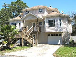 210 Eagles Nest Lane - A Perfect Location for a Family Vacation - Private Pool - FREE Wi-Fi, Tybee Island