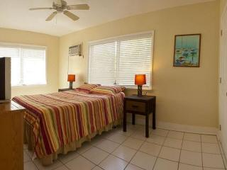 Waterfront Vacation Rental. Best Location!, Conch Key