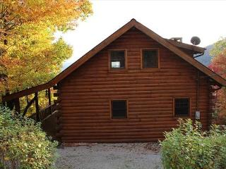 Log Mountain Home Vacation Rental, Linville Falls