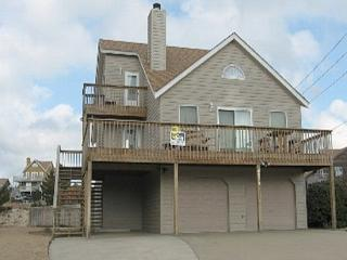 Enjoy Sound and Ocean Views from the Roof Top Deck, Nags Head