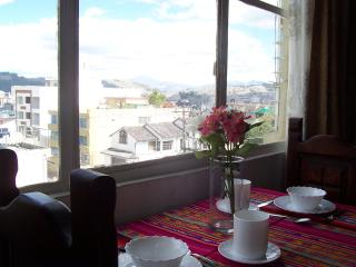 Great furnished studio at Metropolitan Quito!!!