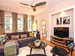 Boutique Furnished Apartment with Original Artwork, Charlotte