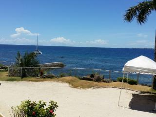 Beautiful Penthouse with Panoramic Oceanview and in front of  a White Sandy Beach, Cebu (Mactan Island), Passi City