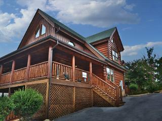 Newly Decorated, Dogs Allowed, Pool Table, Xbox 360, Bose Surround Sound, Sevierville