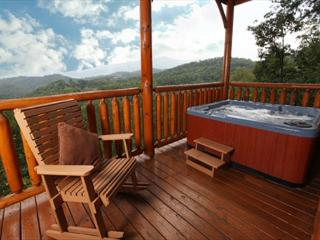 His Amazing Grace, 2BR,  3 Private Covered Decks, Loft Game Room, Sleeps 12, Sevierville