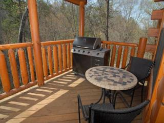 3BR Cabin with Resort Indoor/Outdoor Pool, Game Room With Wii Game System, Pigeon Forge