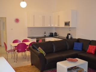 Boutique 2 bedroom apartment in theatre district, Budapest