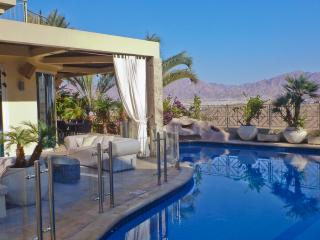 Luxury villa 6 bedrooms with private Pool, Eilat