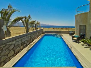 Exclusive Apartment n/ beach with private Pool 1, Eilat