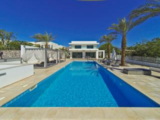 Luxury villa 5 bedrooms with private Pool, Eilat