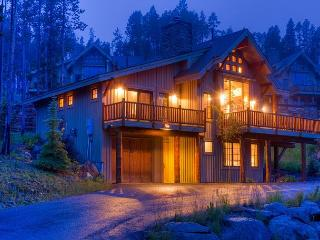 Moonlight's Finest Ski-in/Ski-out Home - Plan Your Ski Vacation Today!, Big Sky