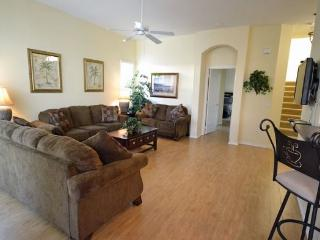 Mediterranean Style 5 Bedroom 3.5 Bath Pool Home. 322BD, Orlando