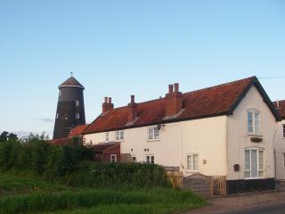 mill workers cottage, Yaxham