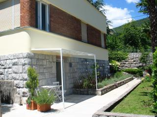 Studio in Opatija center with terrace and sea view