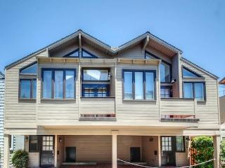 330 Riverview, Capitola
